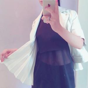 初夏の服の画像
