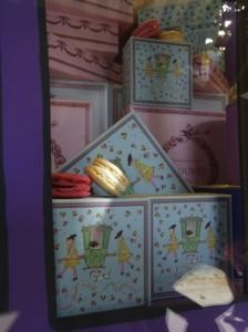 パリでうわさのあのお店その2ーシャンゼリゼの可愛いアイツ編の画像