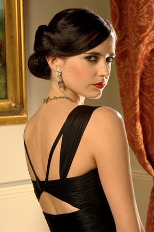 """実際に映画内で着用した貴重な衣装も! グルーブ・トロッターが開催する""""A Taste of 007 Style"""""""