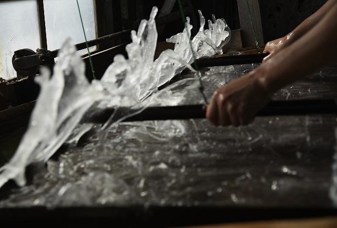「hamadawashi」が土佐典具帖紙を使ったインスタレーションをvalveat81で展示中