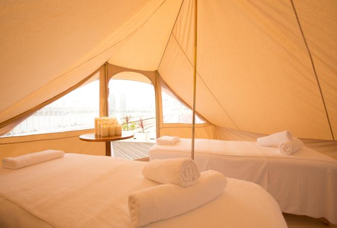 国内ホテル初! お台場の海を感じて屋外テントでリゾートスパ