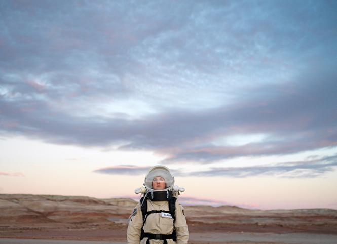Mars Desert Research Station #1 [MDRS], Mars Society, San Rafael Swell, Utah, U.S.A., 2008. © Vincent Fournier この作品は、8月27日(水)〜9月2日(火)まで伊勢丹新宿店 本館2階のセンターパーク/ザ・ステージ#2で開催される、DIESELポップアップストアに登場。DIESEL ART GALLERYでは展示されません。