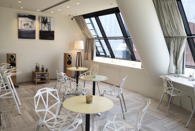 バーニーズ・ニューヨーク新宿店に、8月のウィークエンド限定のスペシャリティカフェが登場!