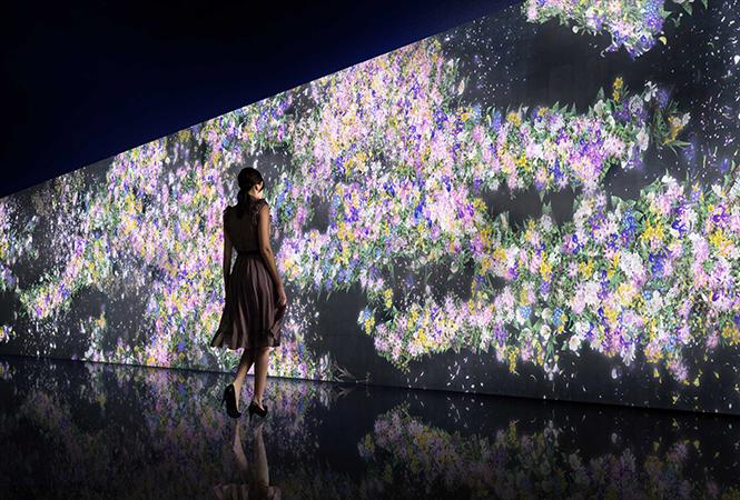 グッチ新宿店にてチームラボによる『Infinity of Flowers』が開催