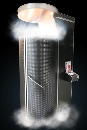 セレブも愛用。150℃の冷気が充満したカプセルに入って行う最先端の治療法とは!?