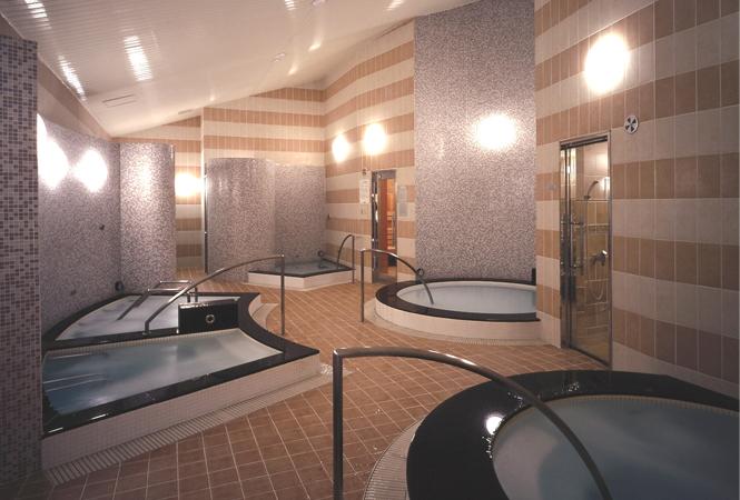 3人集まれば1人無料! ロイヤルパークホテル ザ 汐留のスパで過ごす女子会プラン