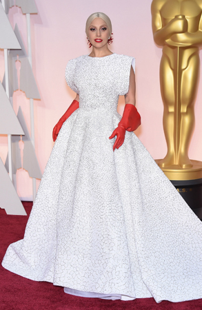 レディー・ガガ、アカデミー賞で『サウンド・オブ・ミュージック』のメドレーを披露