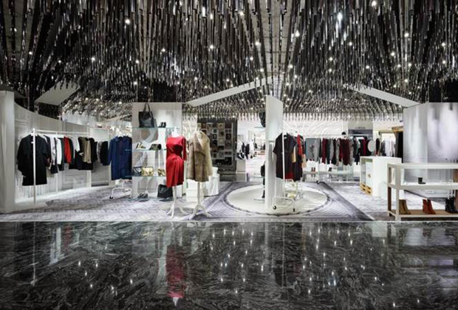 伊勢丹新宿店本館でメゾン マルジェラのコンセプトストアが期間限定オープン