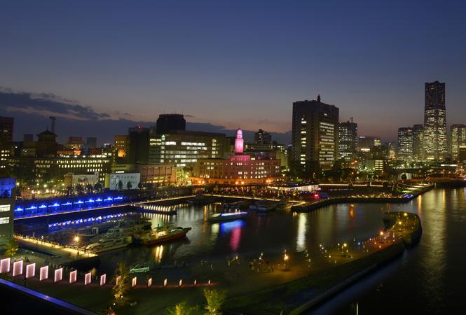 アートとテクノロジーが融合した光の祭典。「スマートイルミネーション横浜 2015」が開催