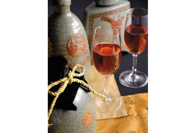 """シャンパンタワーならぬ""""紹興酒タワー""""も! ウェスティンホテル東京で祝う旧正月"""