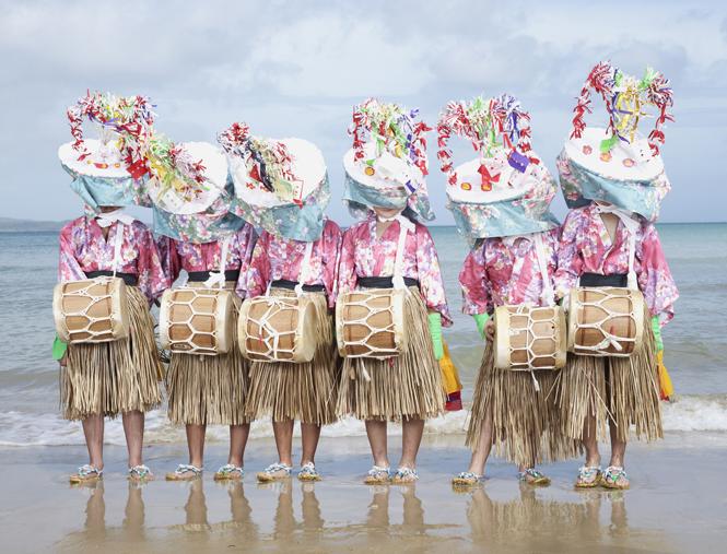 『YÔKAÏNOSHIMA』シリーズより、『Oneonde』Karidate, Fukuejima, Nagasaki prefecture (Japan), 2013-2015 © Charles Freger