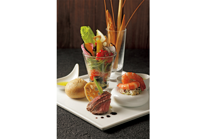 鎧塚俊彦による新形態レストランも! 池袋東武百貨店のダイニングがリニューアル