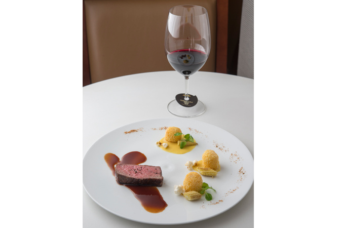 オーストラリアワイン「ウルフ・ブラス」とモダンアメリカ料理のペアリングディナー