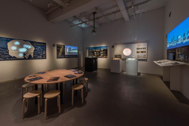 展示風景より、2050年東京の光のデザインを提案するプロポーザル展示(Photo: 金子俊男)