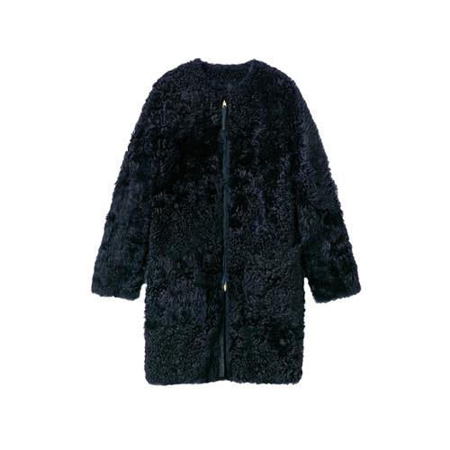 「ケミット」ムートンコート ネイビー ¥59,000(税抜)