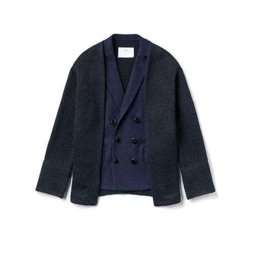 「トーガ プルラ」ジャケット ネイビー ¥51,000(税抜)