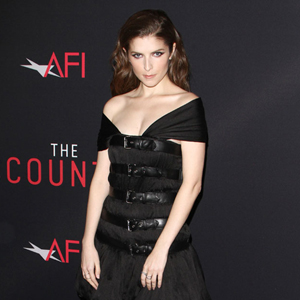 Anna Kendrick attends the premiere of 'The Accountant' at TCL Chinese Theatre ÔªøÔªøin Hollywood