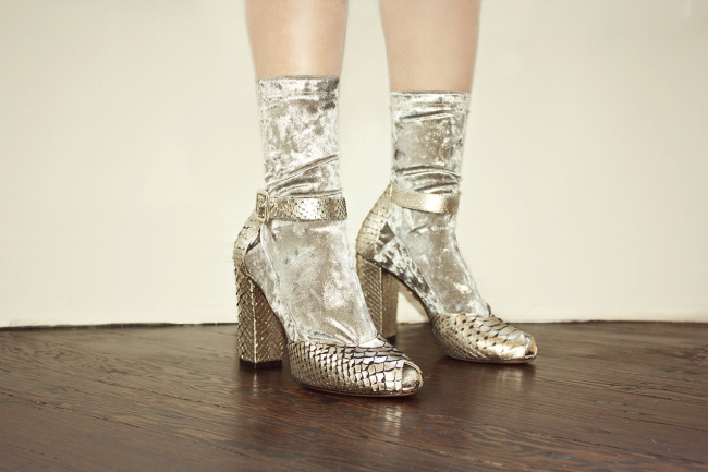Darner_Silver_Velvet_Socks_high_res