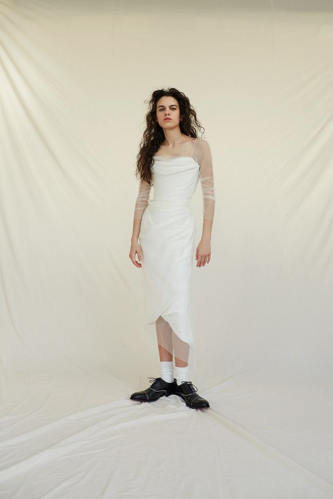 Bridal_SS17_MadeToOrder_01A_TheBallTieDressWithSleeves