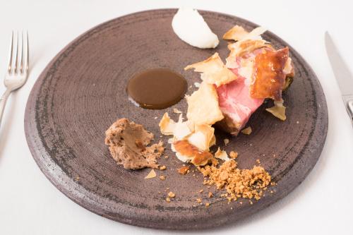 NSW産葡萄牛のグリル〜ステーキパイの再構築1