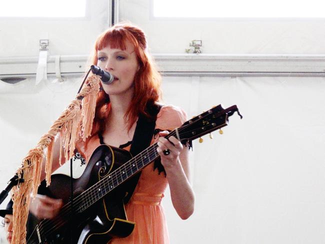 Karen Elson - Live