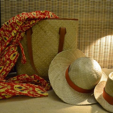 お持ち帰りOKのバッグ&帽子はリゾート内でも大活躍!