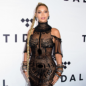 158337, Beyonce on the TIDAL X: 1015 red carpet at the Barclay Center. New York, New York - Saturday October 15, 2016. Photograph: © Guillermo, PacificCoastNews. Los Angeles Office (PCN): +1 310.822.0419 UK Office (Photoshot): +44 (0) 20 7421 6000
