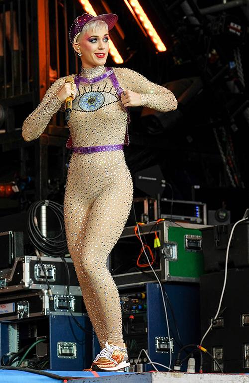 ケイティ・ペリー, Katy Perry, ボーイズ・アンド・ガールズ・クラブ・オブ・アメリカ, Boys & Girls Clubs of America