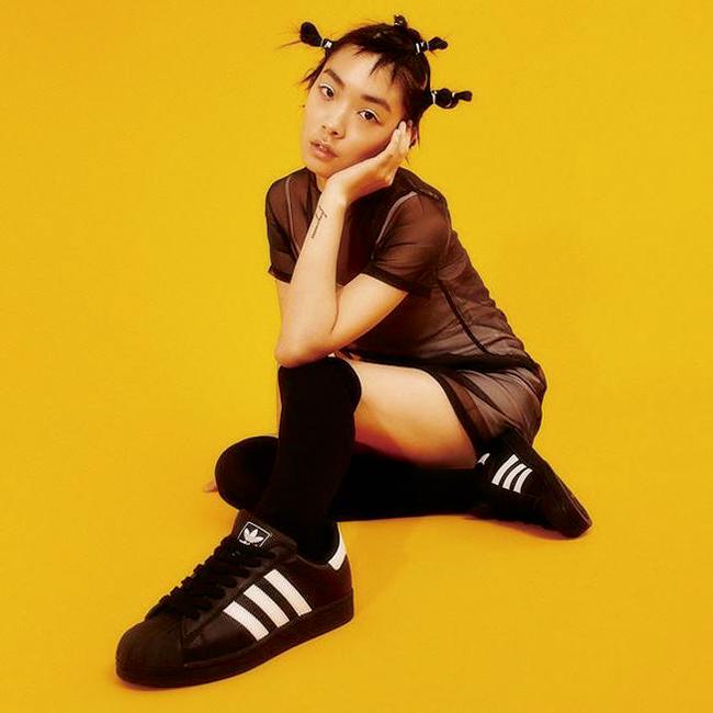 モデル事務所に所属し、「adidas(アディダス)」のキャンペーンに出演。
