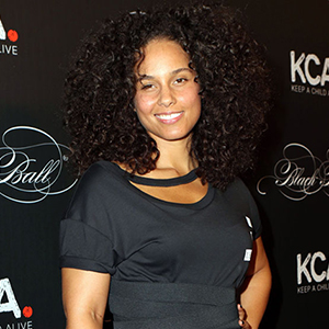 Keep A Child Alive co-founder Alicia Keys arriving at the Keep A Child Alive's Black Ball 2016 at the Hammerstein Ballroom on October 19, 2016 in New York City.  FAMOUS PICTURES AND FEATURES AGENCY 13 HARWOOD ROAD LONDON SW6 4QP UNITED KINGDOM tel +44 (0) 20 7731 9333 fax +44 (0) 20 7731 9330 e-mail info@famous.uk.com www.famous.uk.com FAM1671