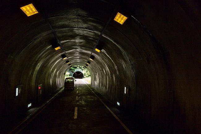 DMA-E2_《トンネル》