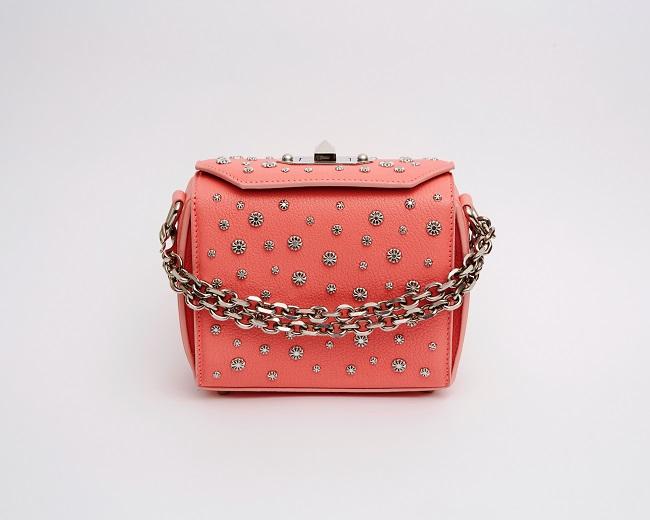 「Box Bag 16」フローラルピンク ¥198,000