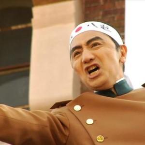 森村泰昌『芸術家Mの<にっぽん、チャチャチャ!>』参考画像  『烈火の季節 / なにものかへのレクイエム』(2006)より
