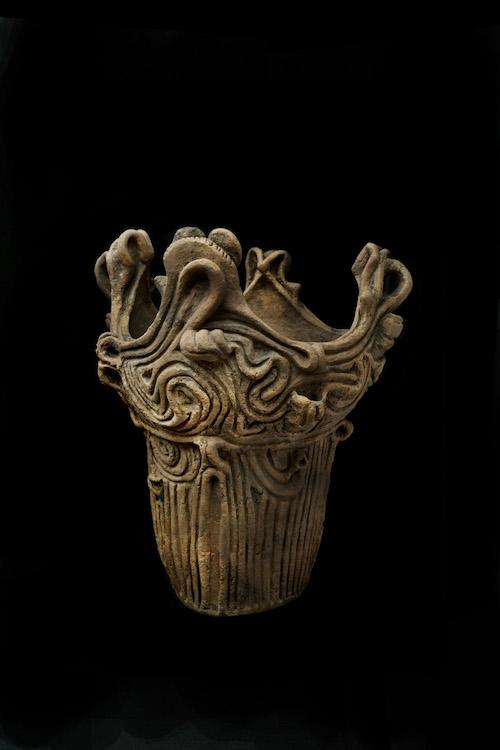 王冠型土器 縄文時代 中期