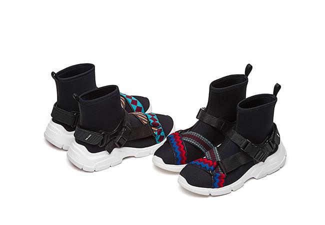 ブーツ各¥83,000