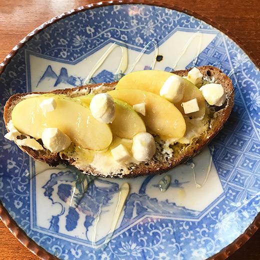 エディターの食いしん坊バンザイ「朝から晩までおいしい最愛パン屋」