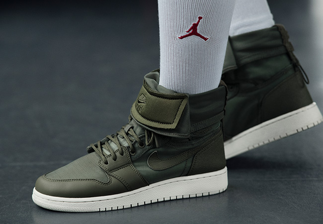 WMNS AIR JORDAN 1 EXPLORER XX ¥15,500