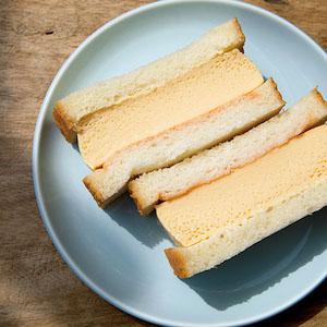 どこか懐かしい幸せの味、絶品ふわふわ卵サンド