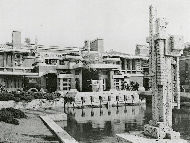 フランク・ロイド・ライト 《帝国ホテル(正面中央部入口)》 1923年 東京 写真提供:帝国ホテル