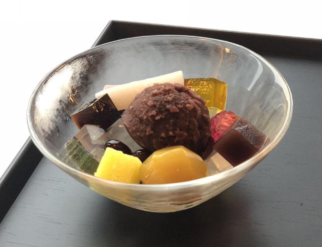 あんみつ(黒蜜/白蜜)¥1,512<br />
