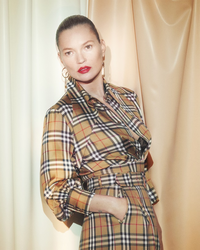 Kate Moss © Courtesy of Burberry/David Sims