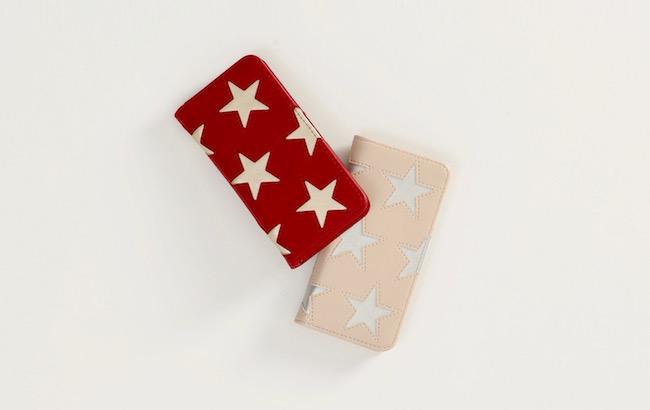 iPhoneケース(クリスマス限定色 レッド/ベージュ)各¥7,300