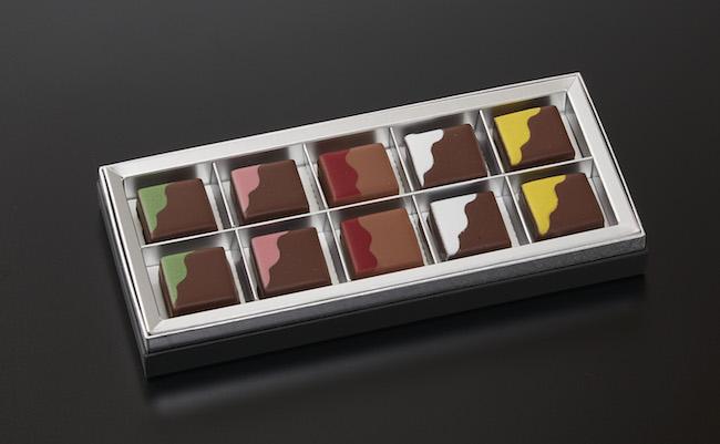 「ラ・ブティック」バレンタイン限定 オリジナルチョコレート 10個入り¥4,500、6個入り¥3,600、2個入り¥1,450 販売期間2019年2月14日(木)まで
