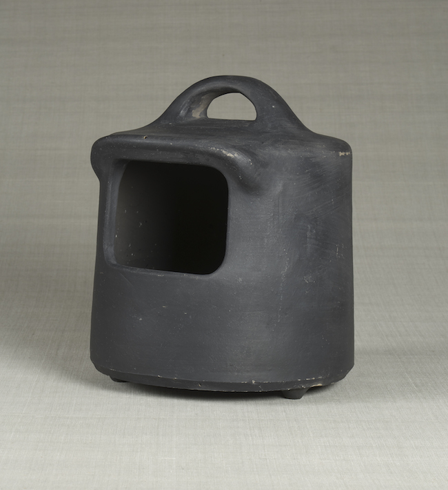 火鉢 出雲(島根) 昭和時代 1940年代〈日本民藝館蔵〉