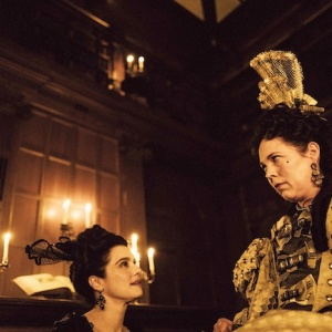 "Rachel Weisz, left, and Olivia Colman star in Fox Searchlight Pictures' ""THE FAVOURITE."""