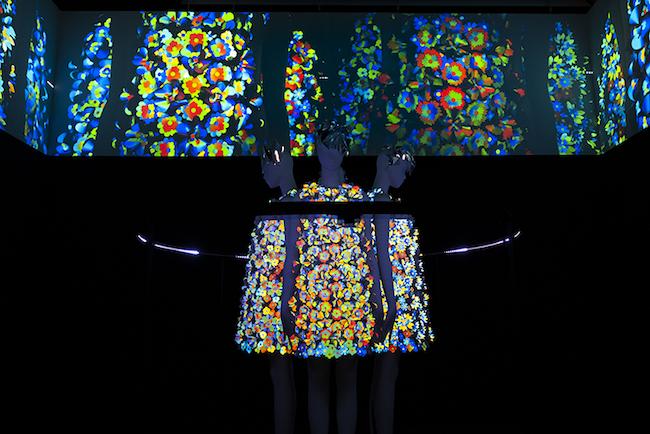 アンリアレイジ 『A LIVE UN LIVE』 2019年 ミクスト・メディア・インスタレーション 展示風景:「六本木クロッシング2019展:つないでみる」森美術館(東京)