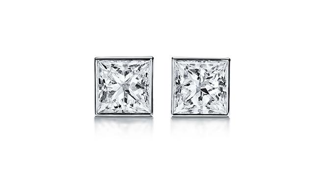 ダイヤモンド ピアス (プラチナ、ダイヤモンド)