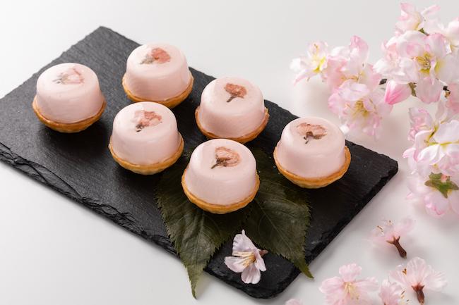 「桜のタルトレット」 3個入り ¥850/6個入り ¥1,700