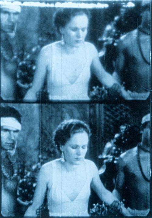 『ローズ・ホバート』(映像作品)1936 年頃 京都精華大学 Courtesy The Museum of Modern Art, New York ©1995 The Museum of Modern Art