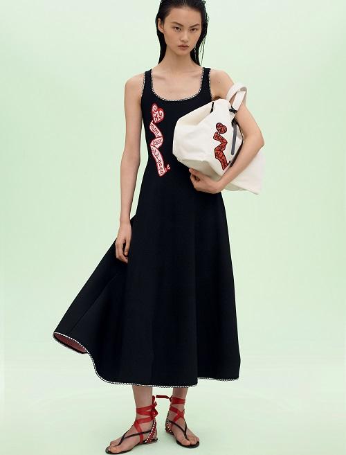 ロングドレス ¥366,000